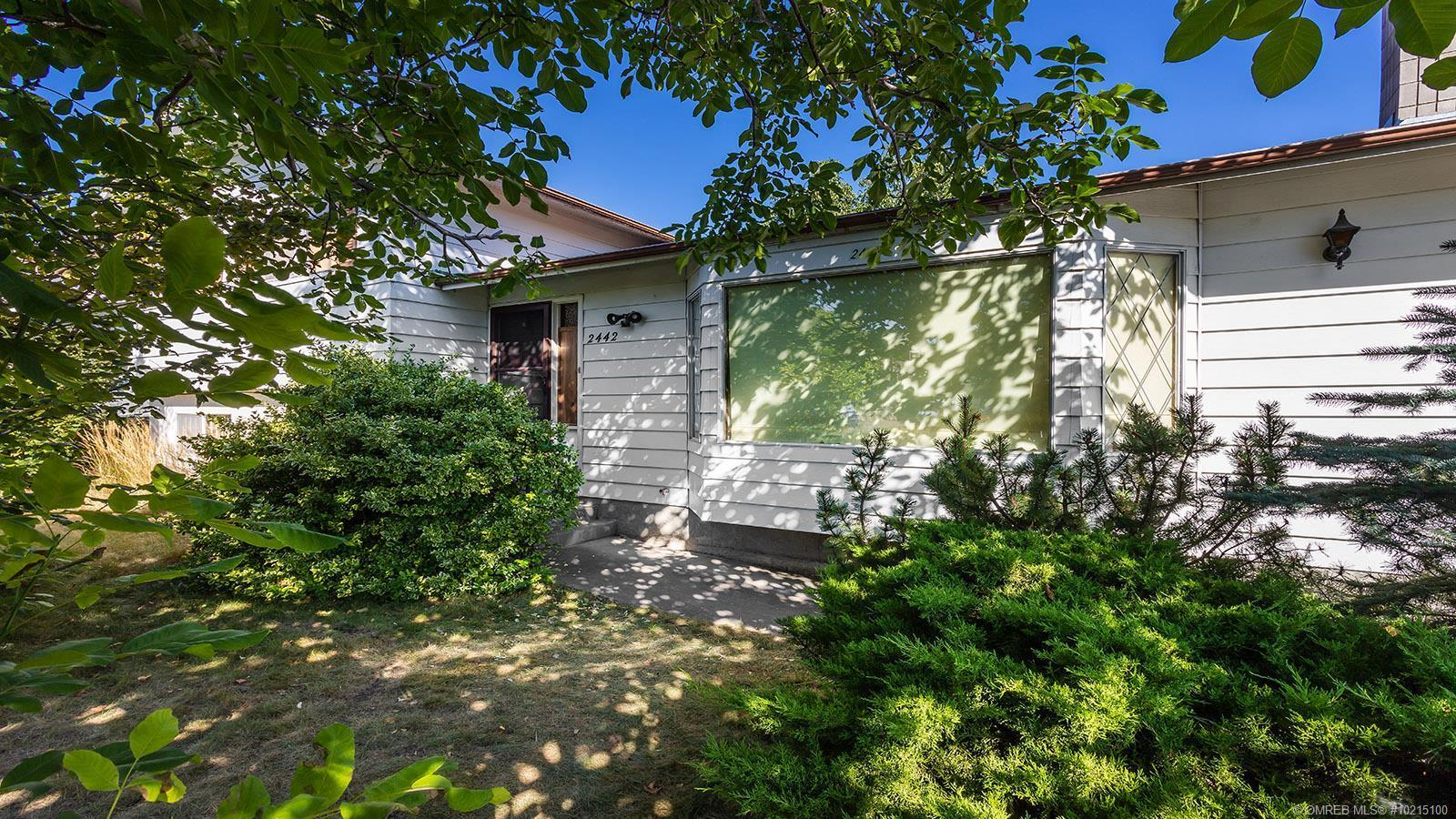 2442 Chieftain Road,