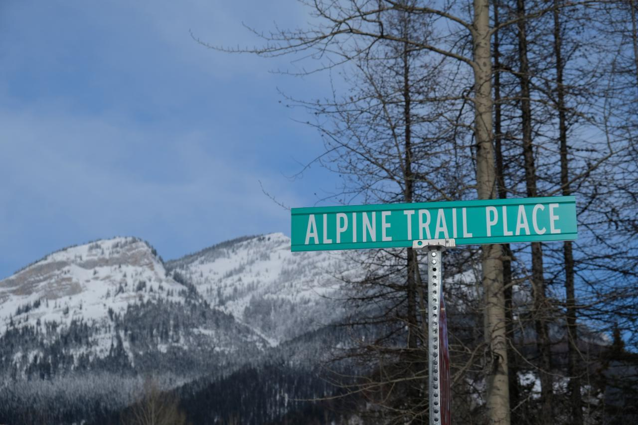 Lot 16 - 9 ALPINE TRAIL PLACE
