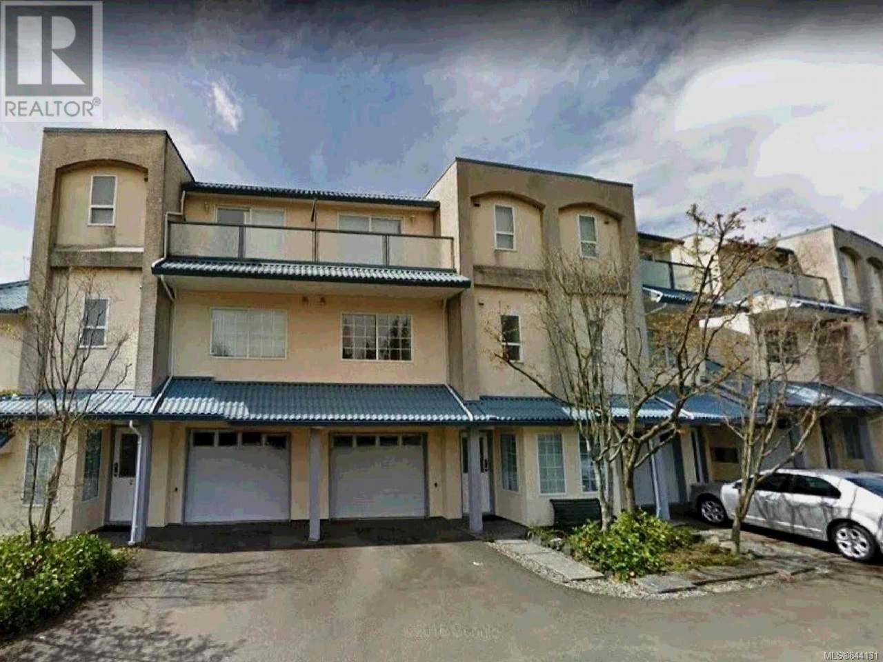 1-12 4300 Amblewood Lane, Nanaimo