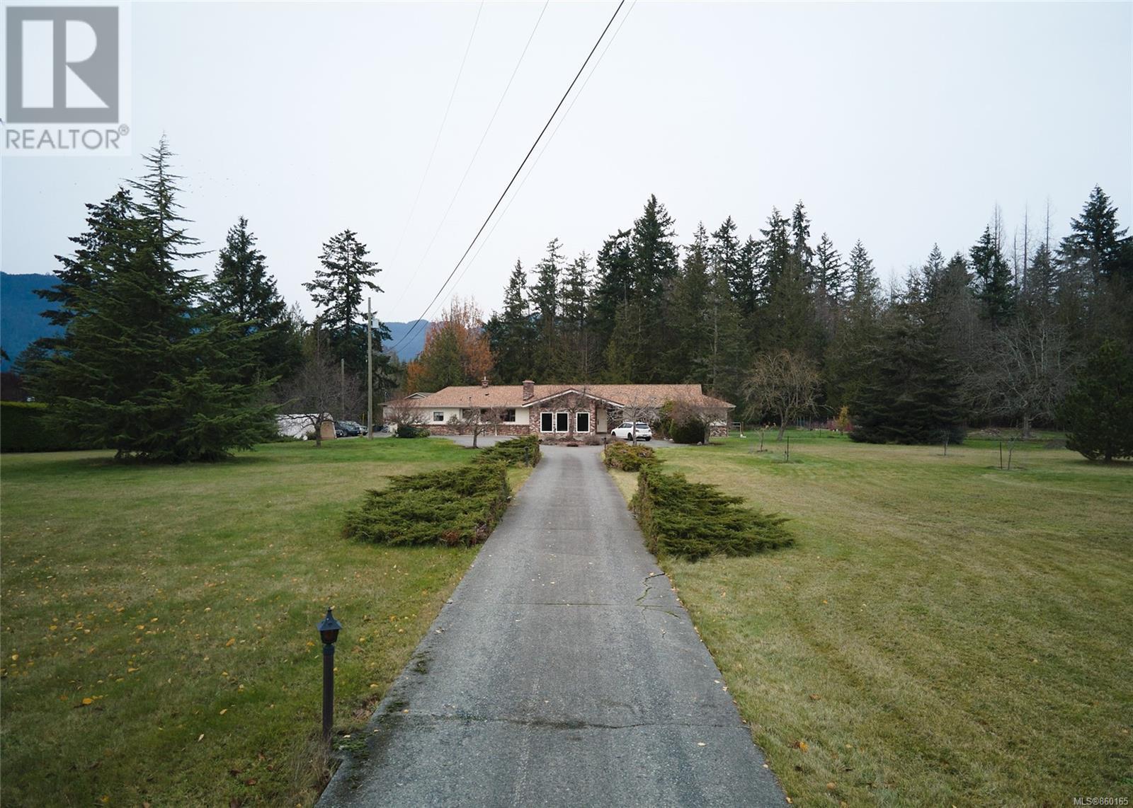 2809 Herd Rd, Duncan