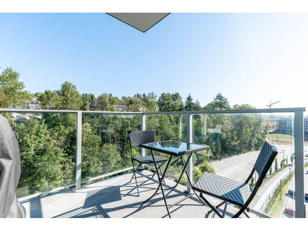 909 3557 SAWMILL CRESCENT, Vancouver